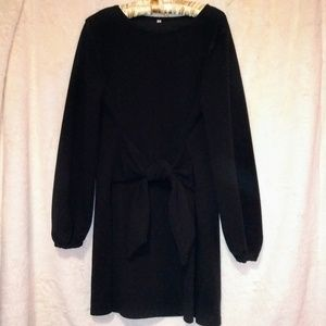 Dresses & Skirts - Black dress NWOT
